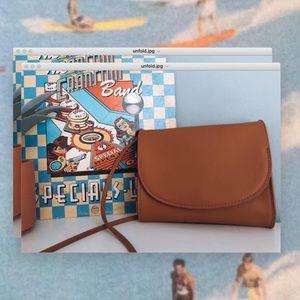 Ellie Modern Crossbody Bag